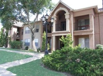 1000 Country Place Dr. Houston TX Home for Lease