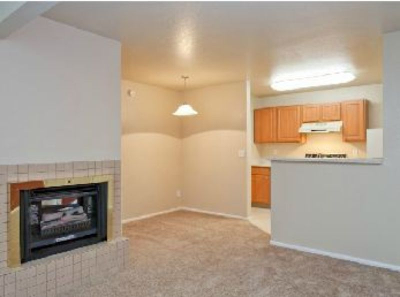 5560 S. Vine St Murray UT Home for Lease