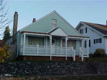 vacation rental 70301209306 Raymond WA