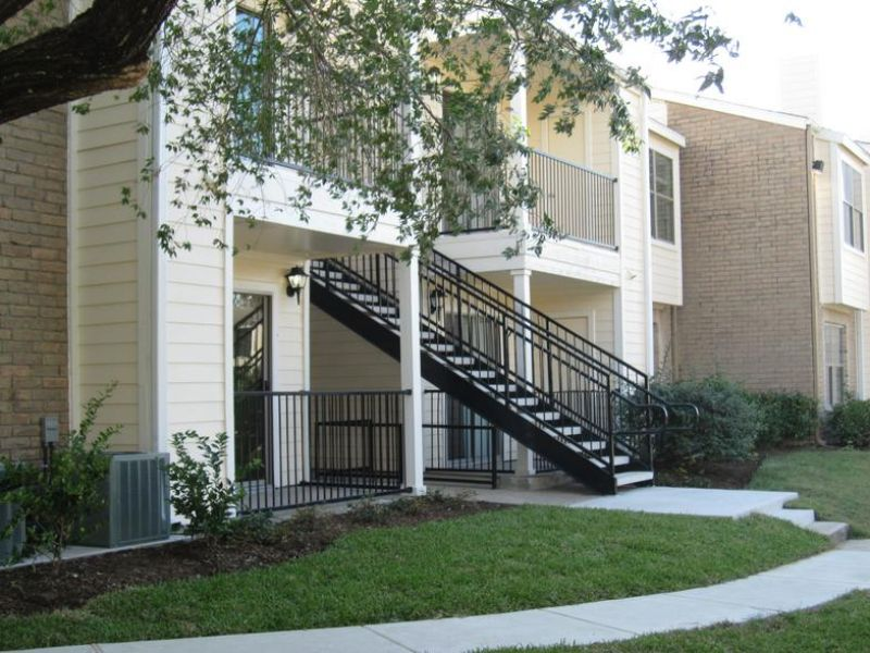 Northwest 1 Bedroom Rental At 5555 Holly View Dr Houston