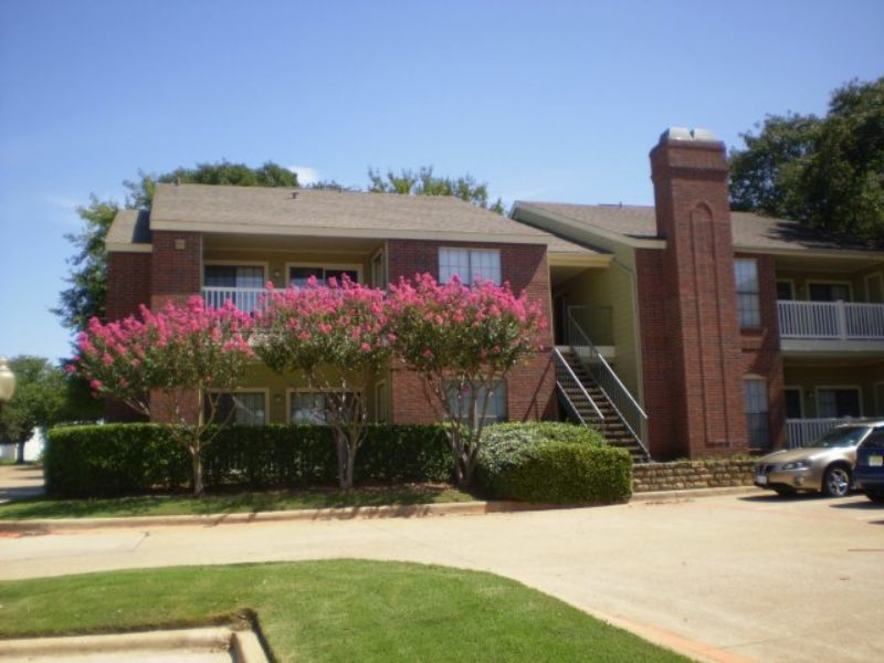 2300 Grayson Drive Grapevine TX Apartment for Rent