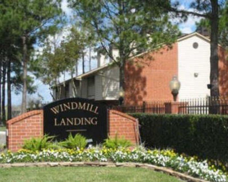 10121 Windmill Lakes Blvd Houston TX Home Rental