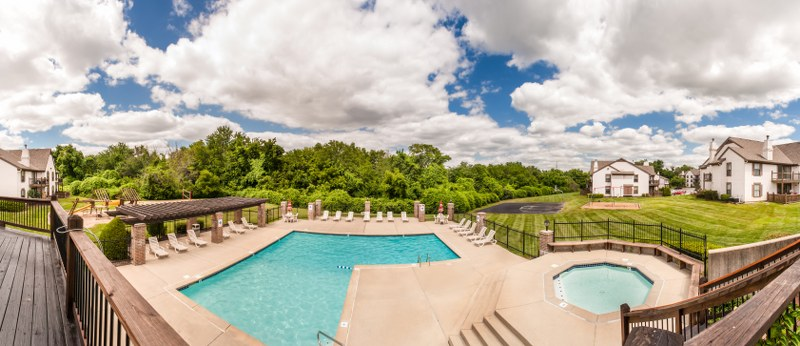 137th TERR LEAWOOD KS Home for Lease