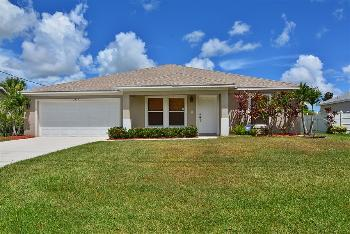 vacation rental 70301189333 Port Salerno FL