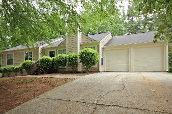 3731 Dogwood Farm Rd Decatur GA Rental House