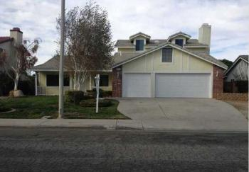 6131 W Avenue L12 Lancaster CA  Rental Home