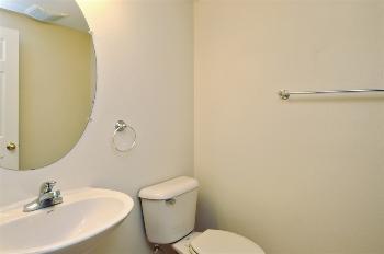 vacation rental 70301189765 Deland FL