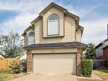 1136 Seminole Trail Carrollton TX Apartment for Rent