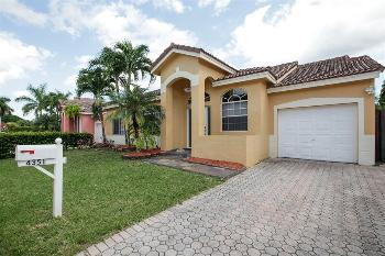 vacation rental 70301194088 Plantation Acres FL