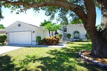 418 Saint Anns Dr Winter Haven FL Apartment for Rent