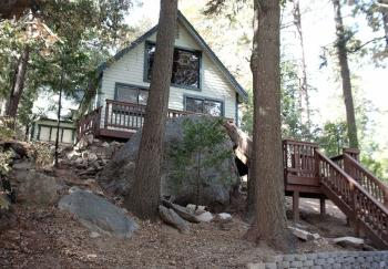 1328 Forest View Drive Crestline CA Home Rental