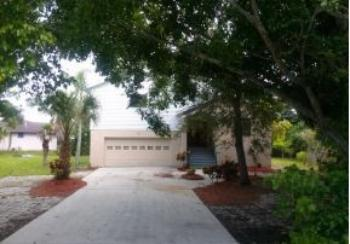 705 32nd St E Bradenton FL Rental House