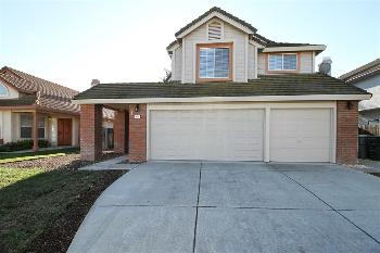 320 Sparrow St Vacaville CA Home for Lease