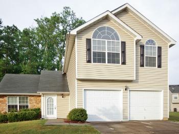 6942 Foxmoor Way Douglasville GA Home Rental