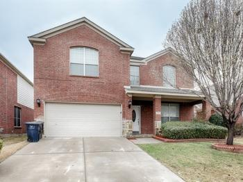 3729 Sunset Hills Dr Fort Worth TX  Rental Home