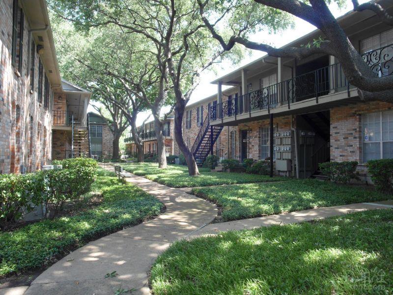 Belle Grove At Custer Apartments Richardson Tx