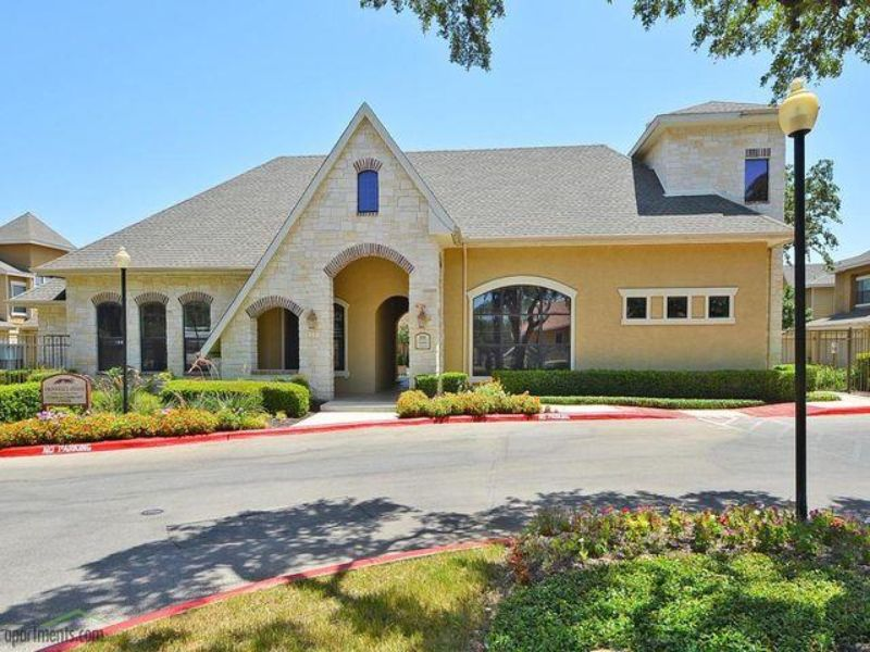 6298 Lockhill Road San Antonio TX House Rental