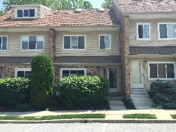 Townhouse for Rent in Berwyn