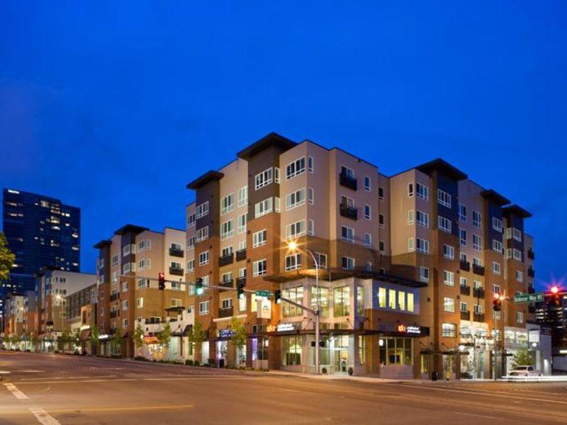 10410 Ne 2nd Street Bellevue WA Rental House