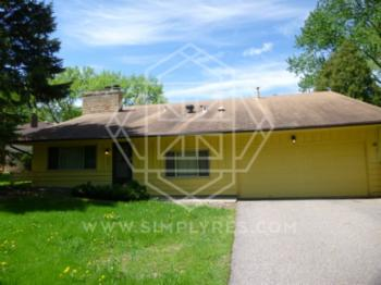 House for Rent in Burnsville