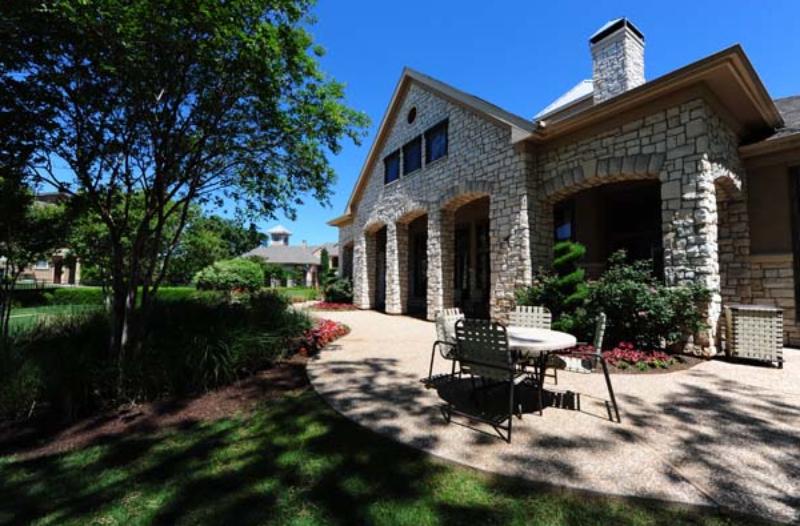 1515 Cannon Pkwy Roanoke TX Home Rental