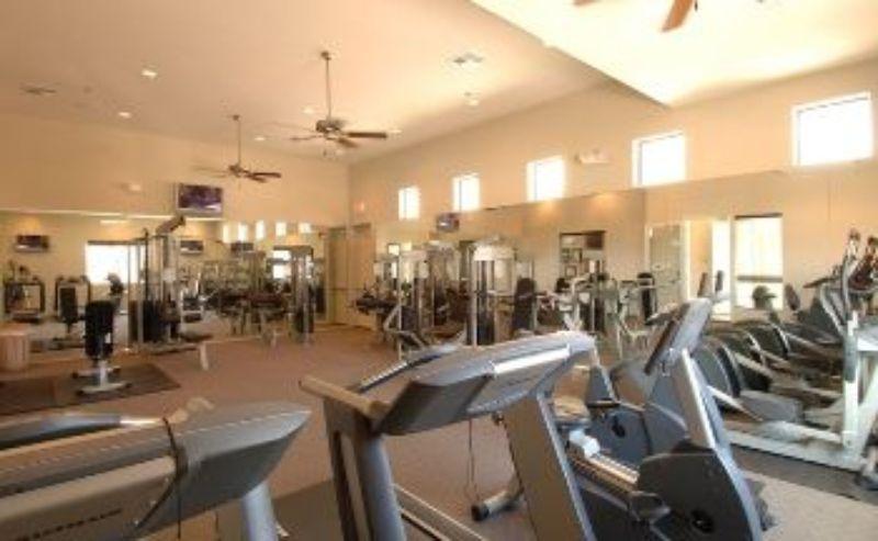 Gym 8a211447