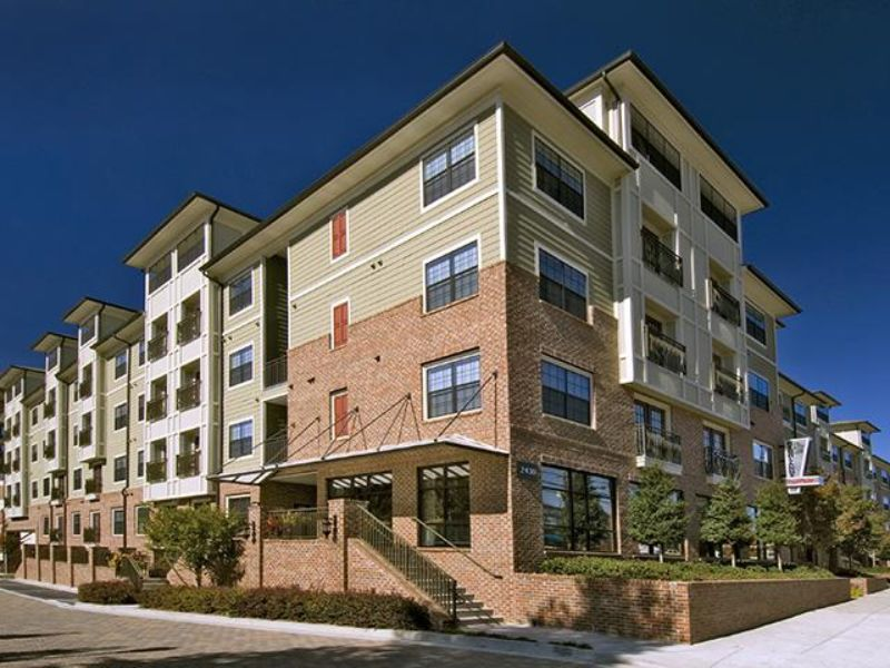 2430 Cheshire Bridge Rd. Atlanta GA Rental House