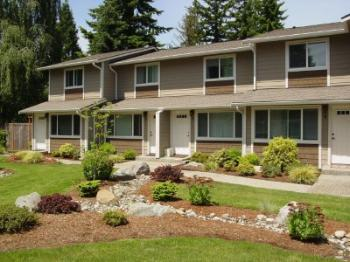Townhouse for Rent in Edmonds