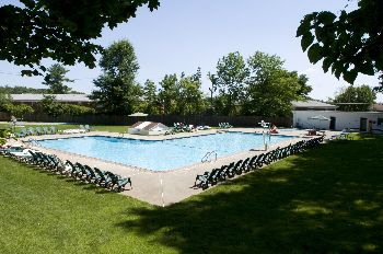 Troyhills pool 2 red